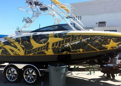 La Wraps Wake Boat Wrap