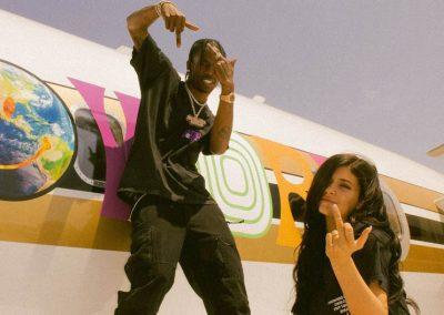 La Wraps Travis Scott Kylie Jenner Astroworld Plane Jet Wrap